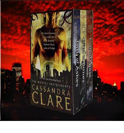 The Mortal Instruments Gift Set