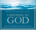 Listening to God: 365 Days of Experiencing His Presence