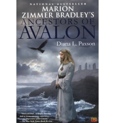 a summary of the novel priestess of avalon by marion zimmer bradley