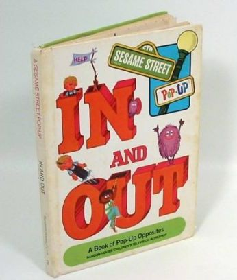 Sesame Street Pop-up Book: In and Out
