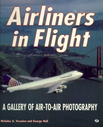 Airliners in Flight
