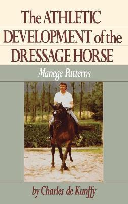 Trail Riding: A Complete Guide (Howell Equestrian Library (Paperback))