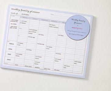 photo relating to Weekly Family Planner identify Weekly Relatives Planner Pad Huge : Momagenda : 9781933759920