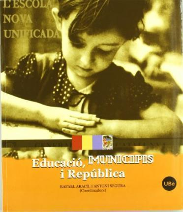Educacio, Municipis I Republica