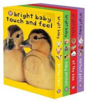 Bright Baby Touch /& Feel Merry Christmas